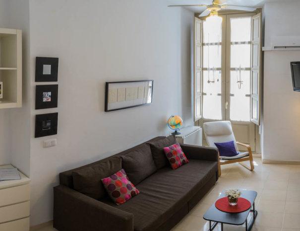 Vista del dormitorio del apartamento MALAMA C2 en el centro de Málaga