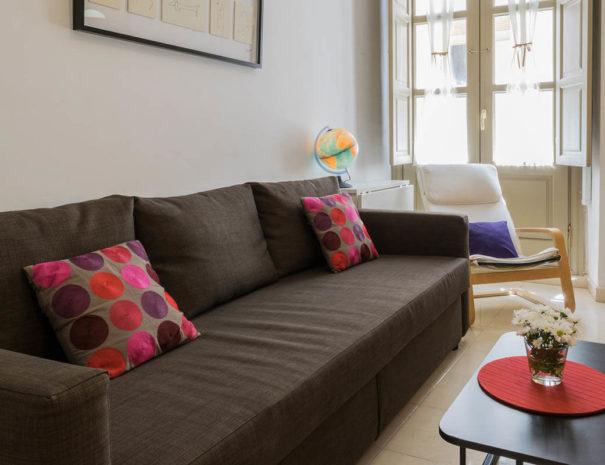 Vista del salón del apartamento MALAMA C2 en el centro de Málaga